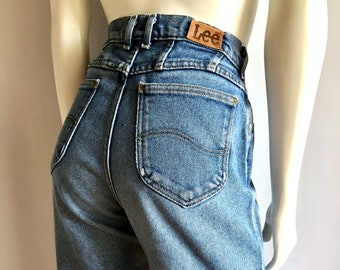 Vintage Women's 80's Lee Jeans, High Waisted, Dark Wash, Denim (M)