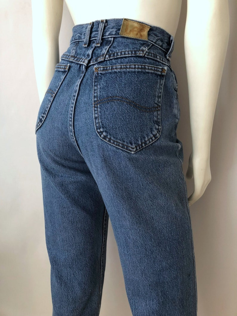 6d36dfa69 Vintage Women's 80's Lee Jeans High Waisted Relaxed   Etsy
