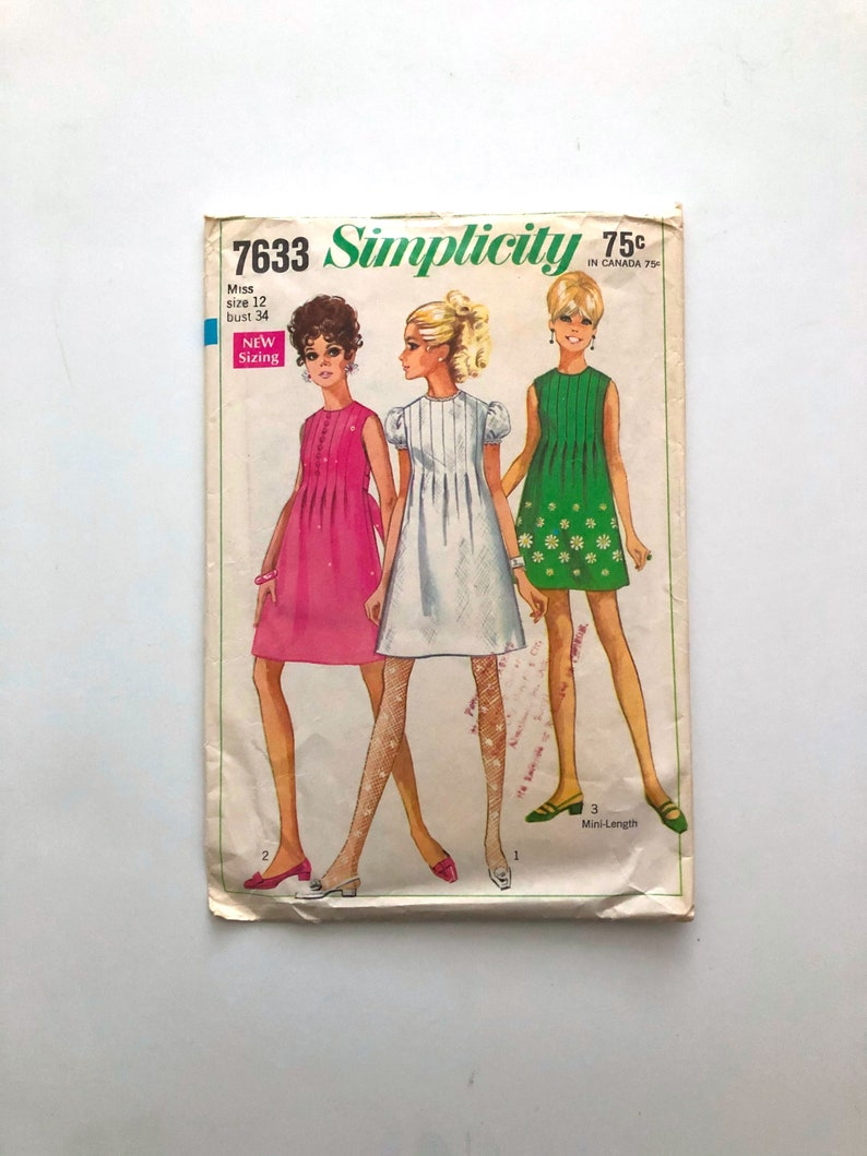 Vintage Sewing Pattern Women's 60s Simplicity 7633 Dress image 0