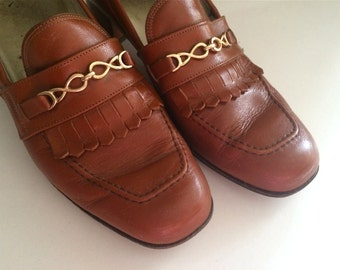 Vintage Shoes Women's 80's Leather, Loafers, Brown, Gold, Heels (Size 6 1/2)
