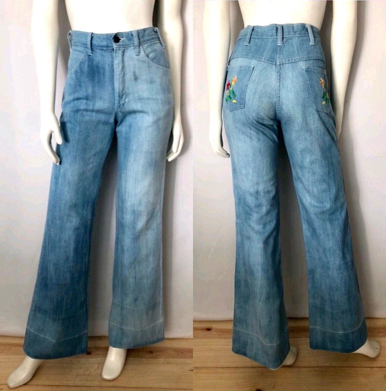 Vintage Women's 70's Bell Bottom Jeans Light Wash image 0