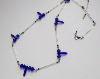 Royal Blue Glass Claw Bead Crystal Black Silver Tone Single Strand Wire Necklace- 086