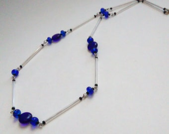 Royal Blue Disc Glass Bead Crystal Silver Tone Single Strand Wire Necklace- 091