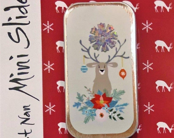 Happy Holly Deer Mini Slide - by JUST NAN Needle Slide with Magnet - Cross Stitch - Needlepoint - Stitcher's Gift - Sewing Needle Tin