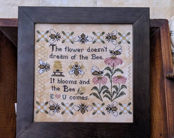 The Bee Comes - Cross Stitch Pattern by LILA'S STUDIO - Sampler - Bee Skep - Hive - Flowers - Blooms