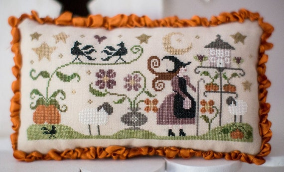 Histoire De Bergere Automne - Cross Stitch Pattern by COLLECTION TRALALA - Tra La La - History of the Autumn Shepherdess - Witch - Pumpkins
