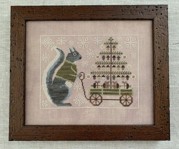Winter Squirrel - Cross Stitch Pattern by THE BLUE FLOWER - Sampler