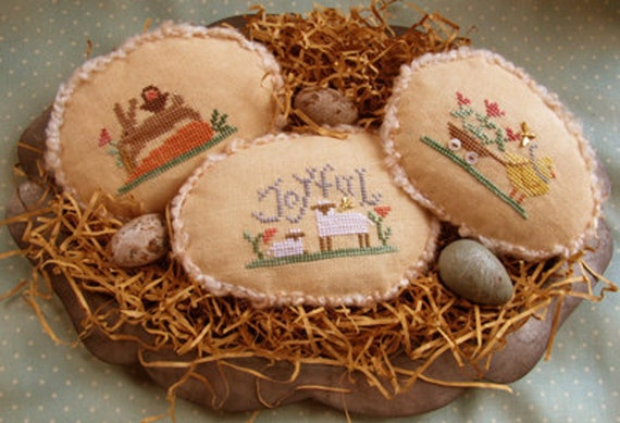 Spring Eggs III - Cross Stitch Pattern by HOMESPUN ELEGANCE Plain & Fancy Collection - Easter Egg Ornament - Chick - Sheep - Bunny