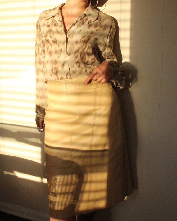 Vintage 1980s Cream Leather A Line Skirt - S / M