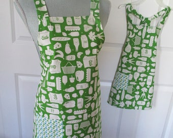 Mom and Me Kitchen Themed Apron Set