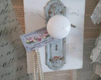 Shabby Farmhouse White Distressed Doorknob Key Rack old weathered wood blue  chippy
