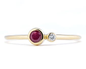 Ruby Ring, 14K Gold Ruby and Canadian Diamond Ring, Birthstone Ring, Gift for Her, July Birthstone