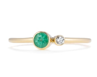 Light Green Emerald Birthstone Ring, 14K Gold Emerald and Canadian Diamond Ring, Gift for Her, May Birthstone