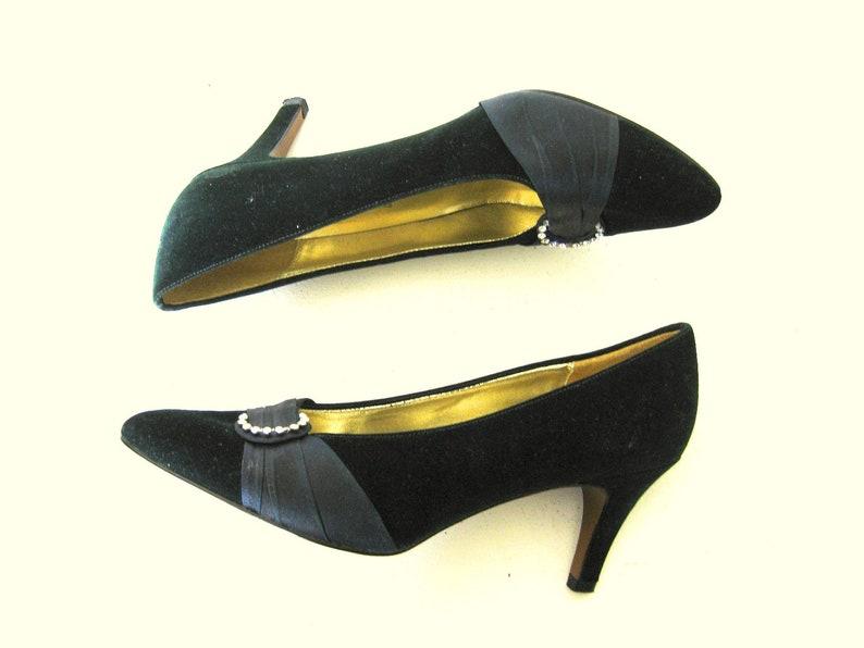 Emerald Green Velvet Heels Rhinestone Shoe Clips Satin Trim image 0