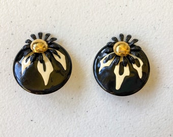 1980's Enamel Layered Floral Circle Stud Earrings
