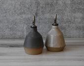 PRE ORDER- Olive oil bottle, ceramic oil dispenser, olive oil cruet, Housewarming gift, Oil dispenser cruet