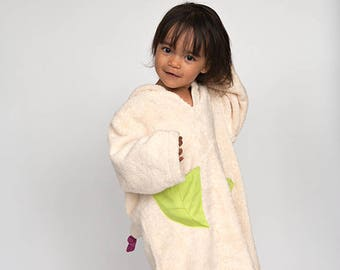 Girl's hooded bath robe with little fairy from GOTS Certified organic cotton. Waldorf inspired robe for ecofriendly girls.