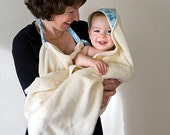 Organic towel in blue. Bath wash mitts and hooded apron towel. New mom gift. Children matching set.