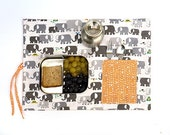 Placemat in organic cotton. Grey elephant place mat with pocket in orange. Kids gift