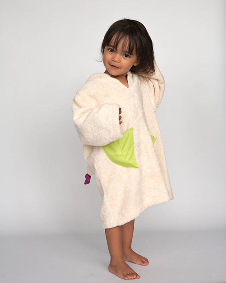 Girl's hooded bath robe with little fairy from GOTS image 0