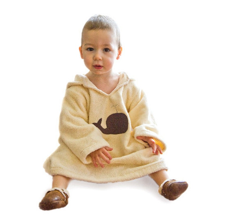 Bath robe in organic cotton. Toddler gift. Child housecoat image 0