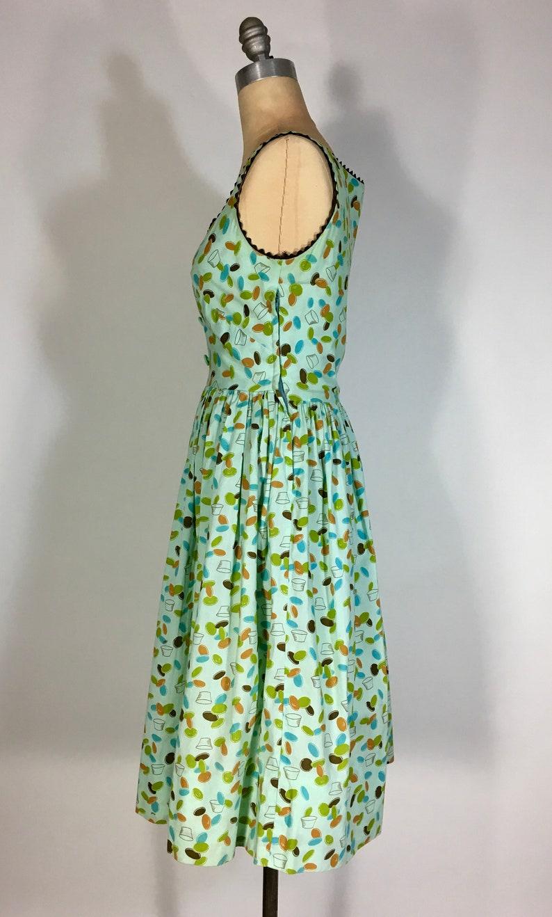 Vintage 1950/'s mint green cotton TIDDLY WINKS NoveltyConversation Print homemade dress wrick rack trim
