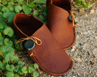 ADULT Soccasin Moccasin / Grounding Earthing Shoes Handmade Leather Moccasins House Slippers Slip On Light Elf Fairy Pixie Womens Mens