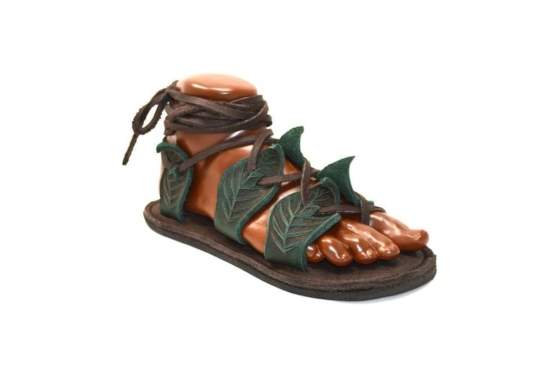 cbf325367387a Unisex Gladiator Leaf Sandals   Handmade Leather Sandal Flats