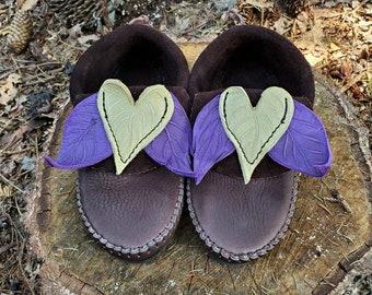 Leaf and Heart Inca Moccasins / Zero Drop Minimalist Leather Bullhide Durable Nature Handmade Festival