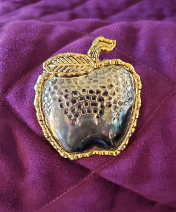 Apple Brooch/Pin, Gold-Tone/Silver-Tone Apple, App