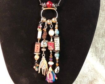 Fortune teller's daydream: Reliquary Necklace