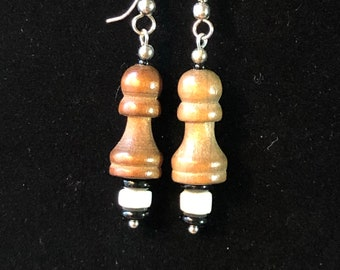The Queen's Pawns: Earrings
