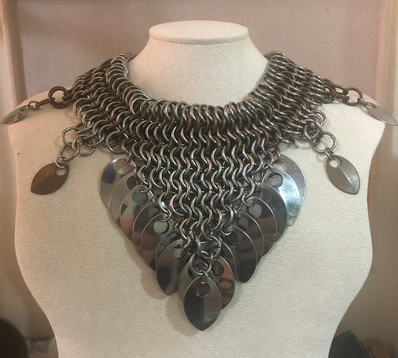 Stainless Steel chainmaille necklace with scale accents image 0