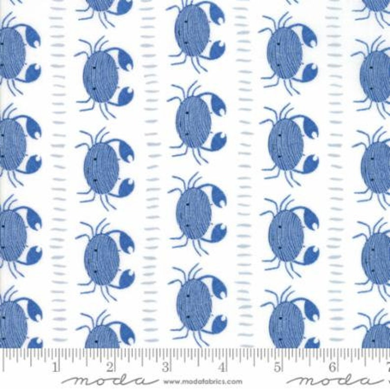 CRABS Fabric Fat Quarter Cotton Craft Quilting SEASIDE BLUE