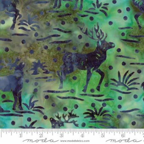 Moss  .. moss green trees forest Bear Creek Batiks by Moda Fabrics .. woods 4344 19 Northwoods in light green ..