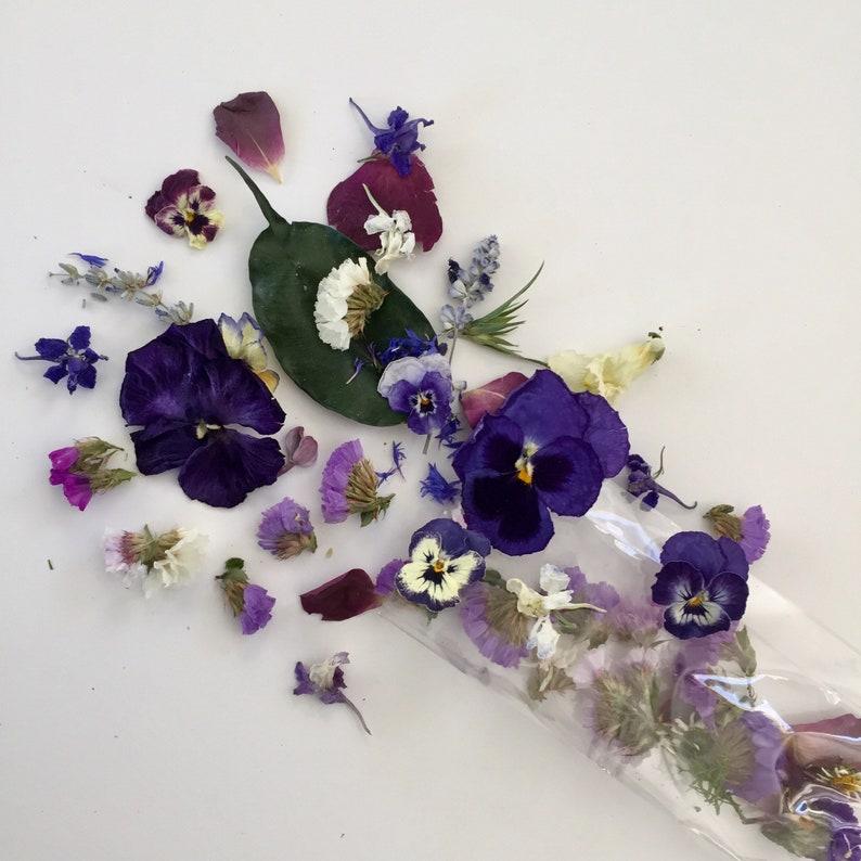 9ad2adc5e2 Confettis de mariage fleurs séchées Craft Supply lavande   Etsy