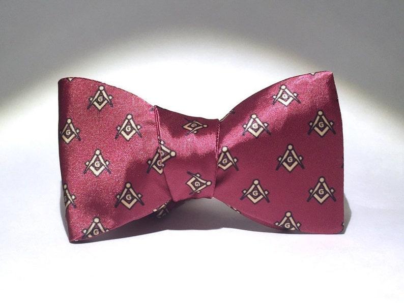 1c9696b8ad2b Red Freemason freestyle Bow Tie   Etsy