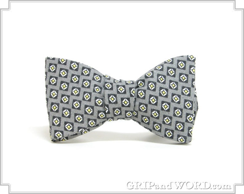 Gray and Navy Blue Geometric Bow Tie image 0