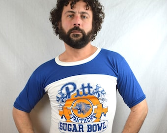 RARE Vintage 80s 1980s PItt Panthers Raglan Fooball Team Sports Sugar Bowl Game Day Jersey Tee Shirt Tshirt zsVCz