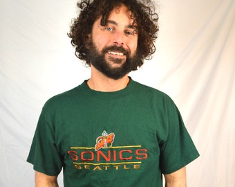 Vintage 1990s Seattle Supersonics Green Embroidered Sonics NBA Tee Shirt TShirt