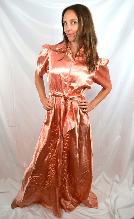 1940s Dress Dressing Pink Gown Quilted Satin Robe Vintage HdwTPH for ...