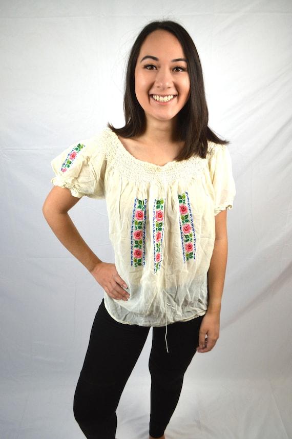 Vintage Embroidered Smocked Hippie Boho Gauzy Coch