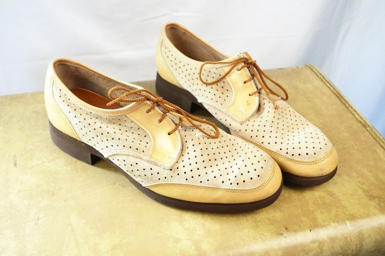 da5bf4fad988f Vintage 1970s 70s Perforated Hush Puppies Suede Shoes