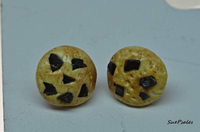 fake food polymer clay food earrings earrings miniature food faux food Chocolate chip cookie earrings cookie earrings cookies