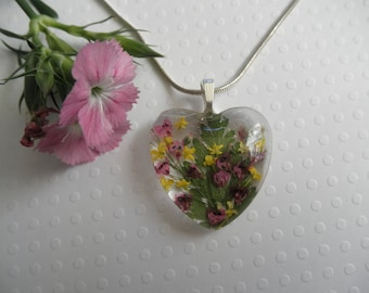 Perseverance Pink Veronica Queen Anne/'s Lace Plumosa Fern Encased In Glass Pressed Flower Teardrop Pendant-Symbolizes Faithfulness Peace