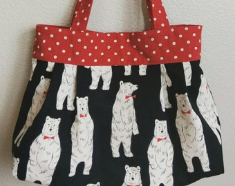 PLEATED TOTE - Dapper Polar Bear