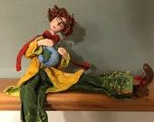 Planète,poupée d'art,poupée unique,planète terre,poupée artistique,poupée décorative,rouquine,lunette ronde