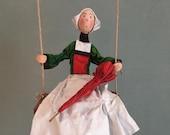 Bécassine,bande dessiné Français,parapluie,vert et rouge,personnage comique Français,poupée d'art,poupée exclusive,poupée artistique,poupée