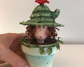 cactus,poupée d'art,pot à jardinage ,vert,turquoise,chapeau de paille,poupée unique,pot décoratif