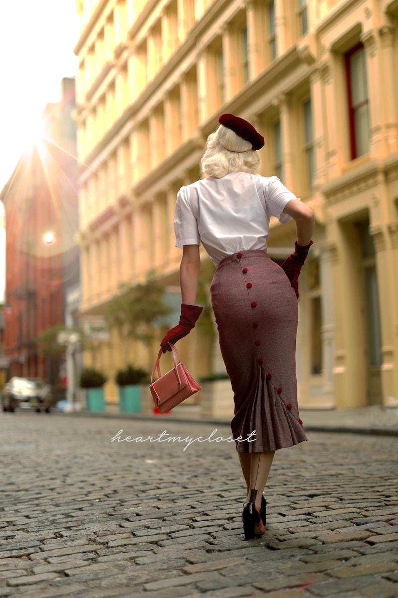1950s Swing Skirt, Poodle Skirt, Pencil Skirts Deborah Skirt $90.00 AT vintagedancer.com